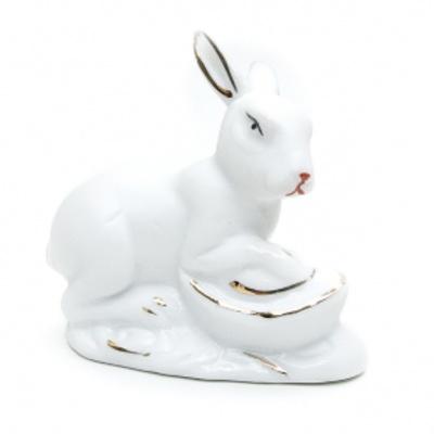 Кролик со слитком золота
