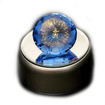 Синий кристалл с мантрой Будды Медицины (8 см)