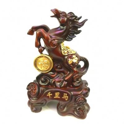 Лошадь с телегой богатства
