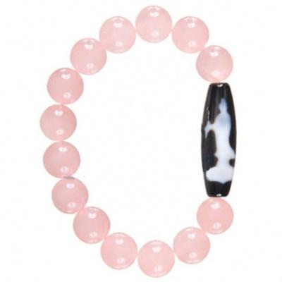 Гуань Инь в браслете из розового кварца