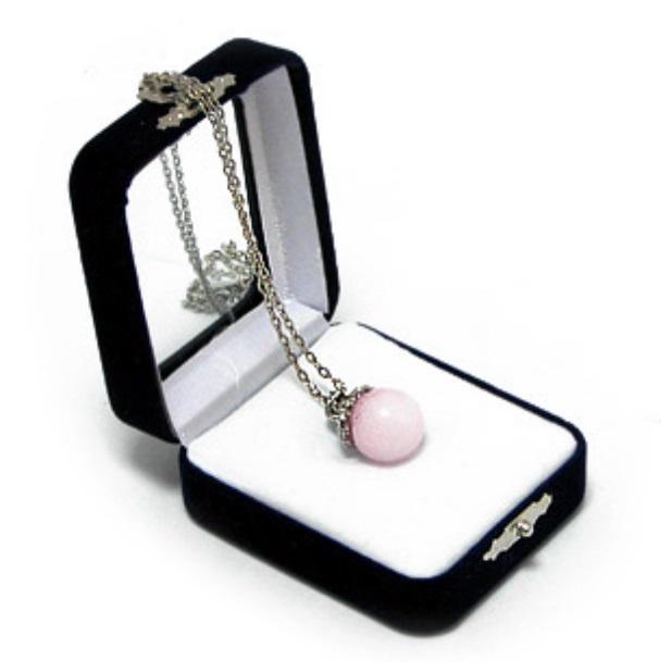 "Аромакулон с розовым кварцем можно купить в интернет-магазине фэн-шуй ""Мой Талисман"""